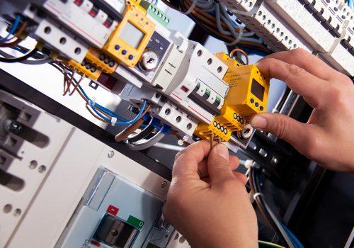 electric-4198293_1280